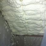 TermoPUR - Fotografia wykonana w trakcie nakładania pianki poliuretanowej